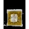Entkernte grüne Olive im Beutel